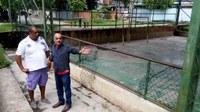 Vereador Barcelos solicita instalação de tabela de basquete na praça e adequação em quadras esportivas do município