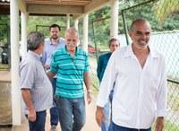 Vereadores macabuenses acompanham deputado estadual André Lazaroni em visita ao Rego Barros